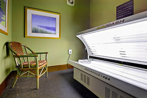 Tanning room, tanning bed, chair