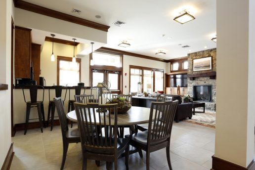 dining room with seating areas